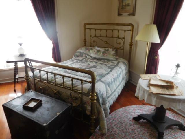 The Old Butler Mansion in Hampton Tennessee - DSCN6775.JPG