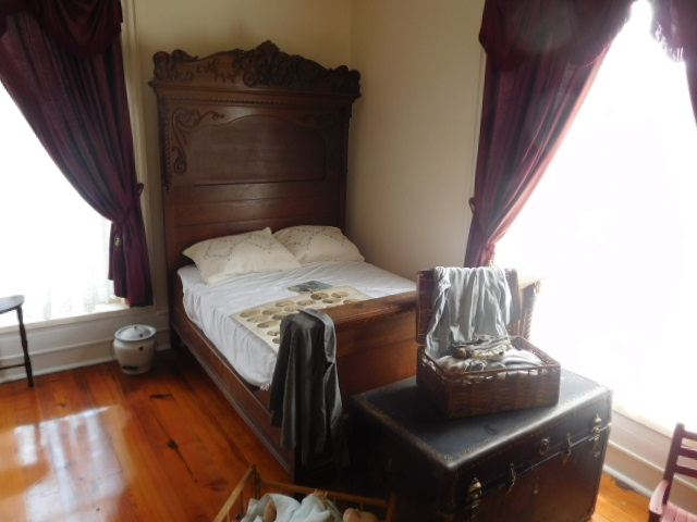 The Old Butler Mansion in Hampton Tennessee - DSCN6783.JPG