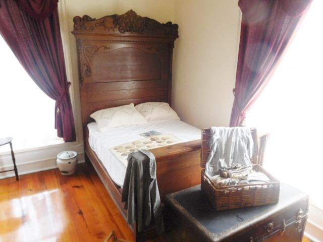The Old Butler Mansion in Hampton Tennessee - DSCN6787.JPG