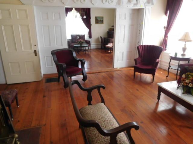 The Old Butler Mansion in Hampton Tennessee - DSCN6815.JPG