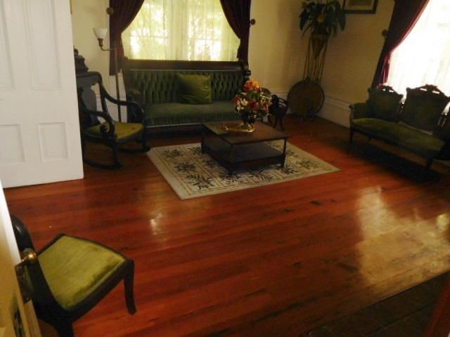 The Old Butler Mansion in Hampton Tennessee - DSCN6824.JPG