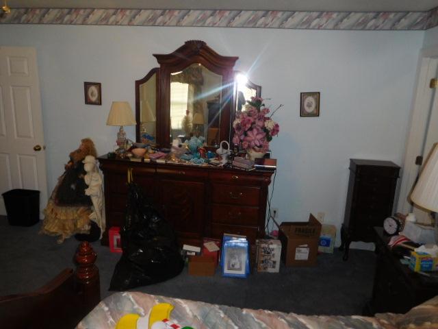 Armetta Blevins Hunigan Estate Auction - DSCN6955.JPG
