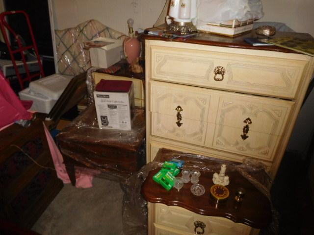 Armetta Blevins Hunigan Estate Auction - DSCN6983.JPG