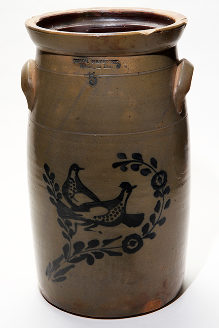 Antiques and Estates Auction New Years Day- Dr. Ralph Van Brocklin Crocks and  Advertising, Don and Shirley Kay  Collection, Charlie Green Bottle Collection and much more - 10_1.jpg