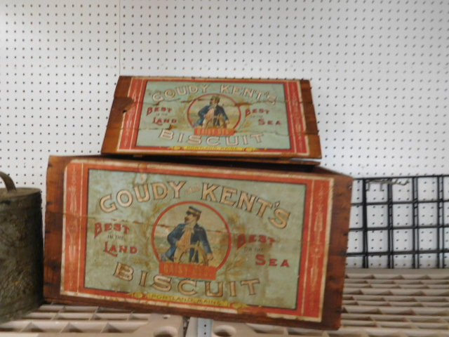 Antiques and Estates Auction New Years Day- Dr. Ralph Van Brocklin Crocks and  Advertising, Don and Shirley Kay  Collection, Charlie Green Bottle Collection and much more - DSCN8160.JPG