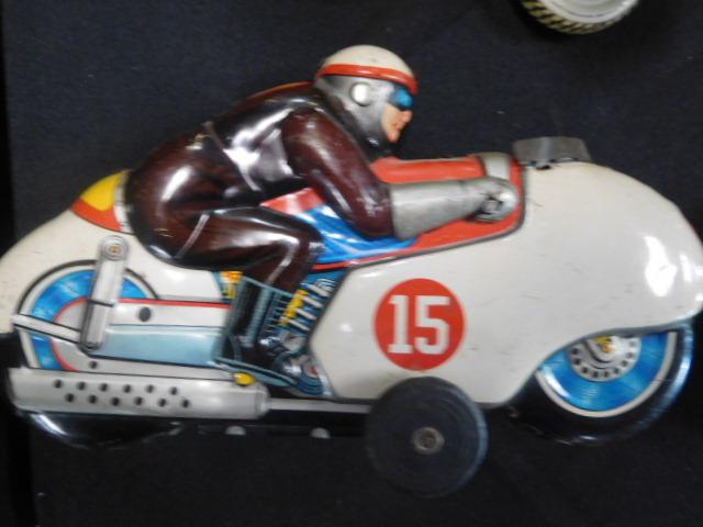 Advertising, Large Keen Kutter, Vintage toy, Jars Etc two Estate Collections - DSCN9545.JPG