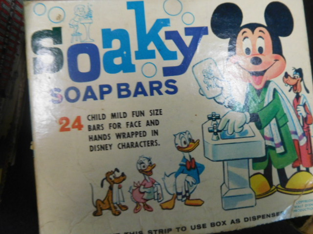 Advertising, Large Keen Kutter, Vintage toy, Jars Etc two Estate Collections - DSCN9548.JPG