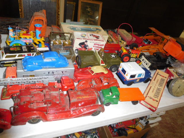 The Dave Berry Toy Auction - DSCN9773.JPG