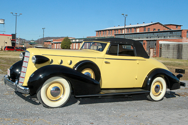 David Berry Estate Auction New Years Day-1935 LaSalle, 1936 Ford, Mascots, Antique Pharmacy items and more - 6092.jpg
