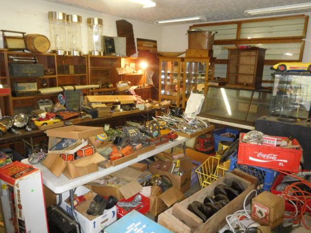 David Berry Estate  Final Auction - DSCN9427.JPG