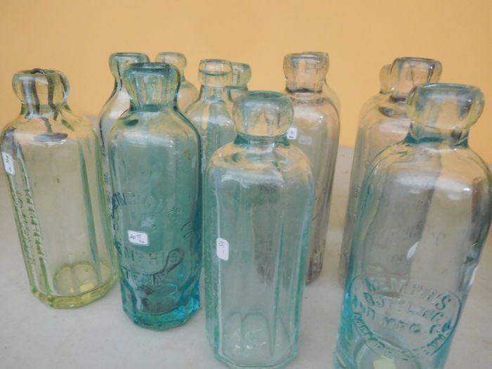 Ralph Van Brocklin Estate- Bottles- Post and Trade cards--Mini Jugs and other advertising - DSCN9640.JPG