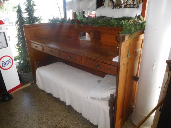 Great collection of Furniture, Country store and Great smalls - DSCN9898.JPG