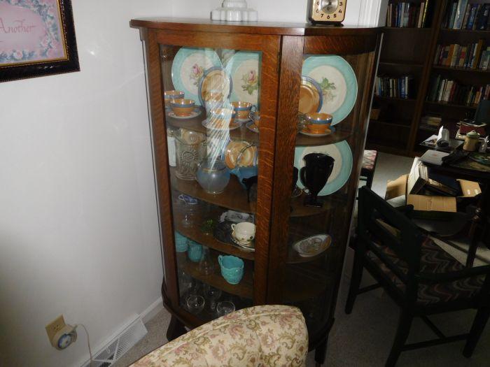 Sonja Fox Estate Auction - DSCN9639.JPG