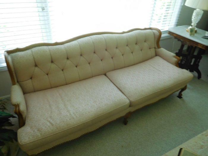 Sonja Fox Estate Auction - DSCN9651.JPG