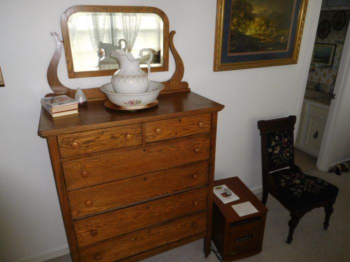 Sonja Fox Estate Auction - DSCN9665.JPG
