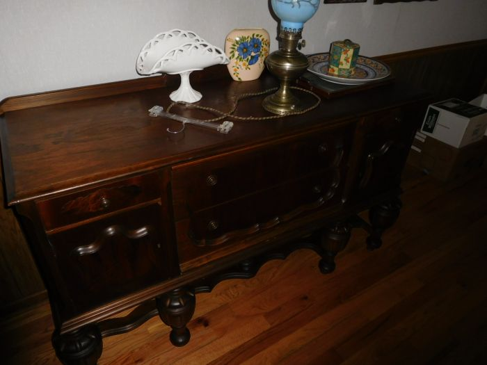 Sonja Fox Estate Auction - DSCN9669.JPG