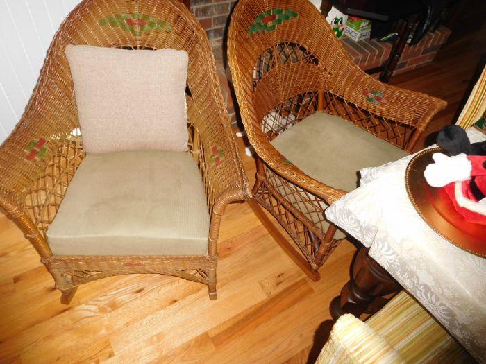 Sonja Fox Estate Auction - DSCN9670.JPG