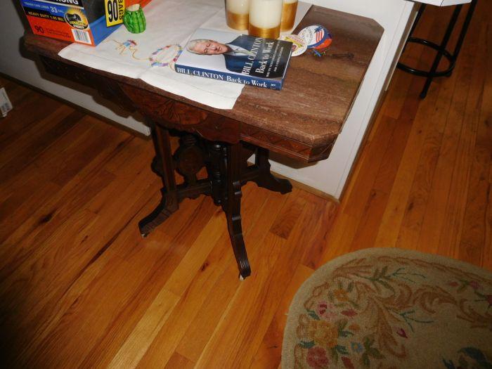 Sonja Fox Estate Auction - DSCN9671.JPG