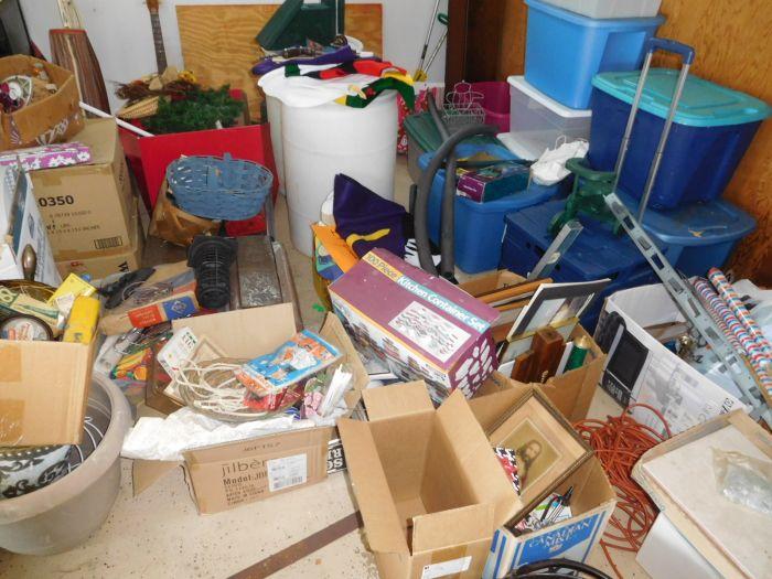 Sonja Fox Estate Auction - DSCN9680.JPG