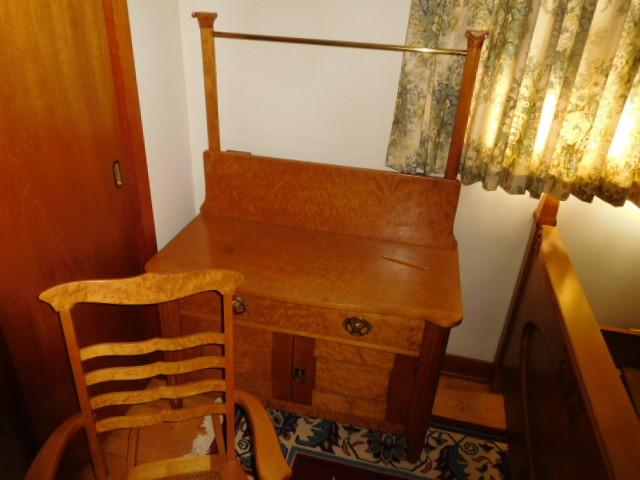 Barbara Frye Estate Auction Blountville Tn - DSCN9952.JPG